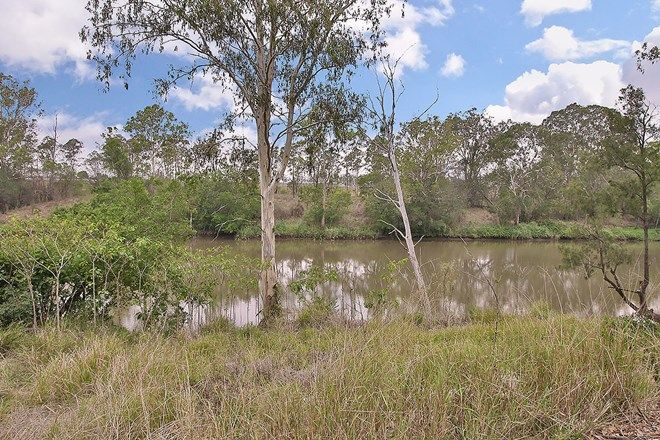Picture of 11 Riverside Court, BARELLAN POINT QLD 4306