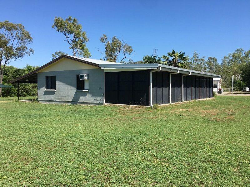 34 Benalla Rd, Oak Valley QLD 4811, Image 2