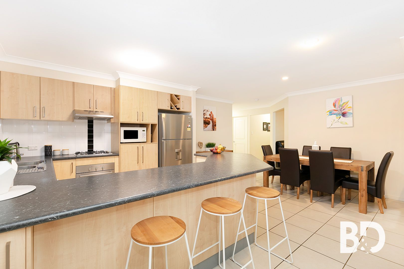 9 Celine Court, Burpengary QLD 4505, Image 2