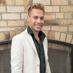 Brendan Philp, Sales representative