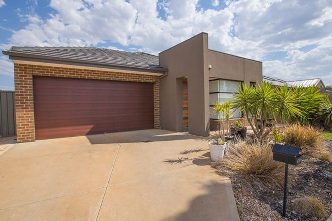Picture of 49 Stonehill Drive, BACCHUS MARSH VIC 3340