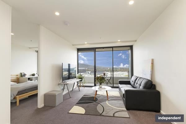 180/45 West Row, City ACT 2601, Image 2
