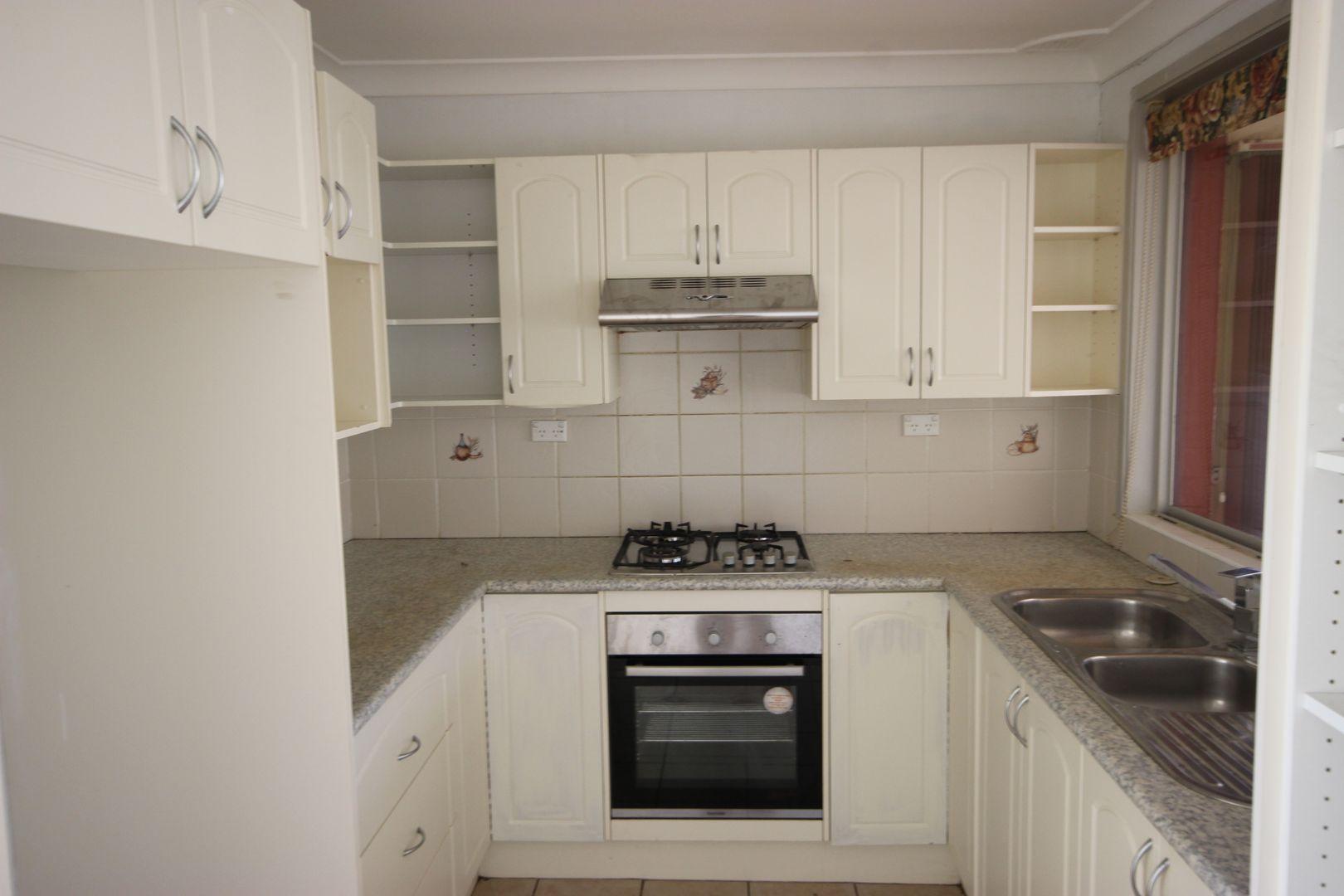 9 Stutz Place, Ingleburn NSW 2565, Image 2