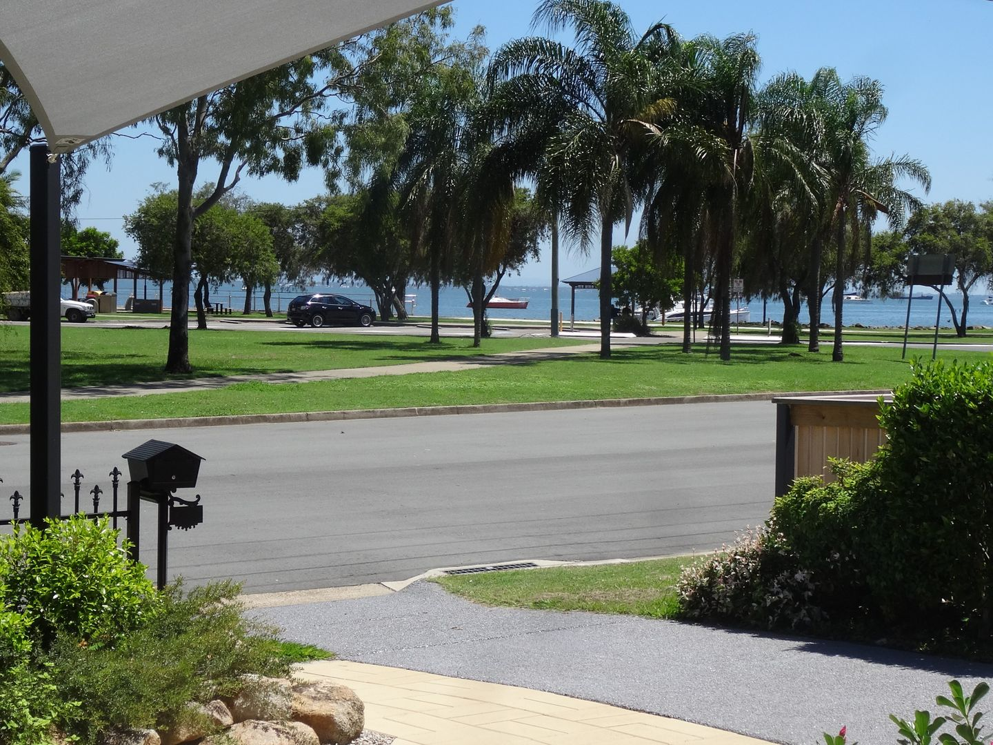 18 Oyster Point Esplanade, Scarborough QLD 4020, Image 0