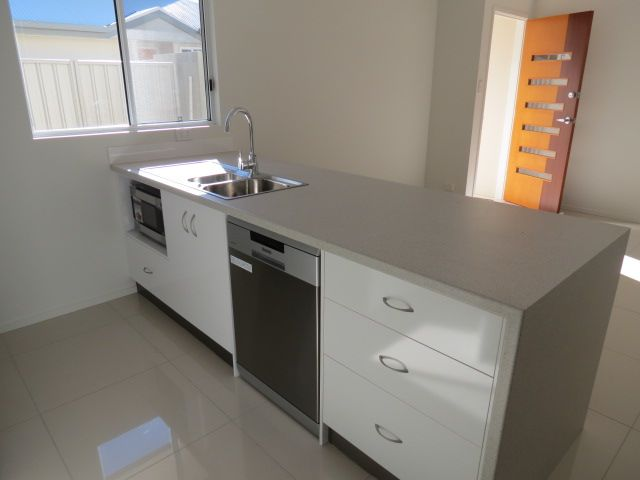 17/53 Retro Street, Emerald QLD 4720, Image 1