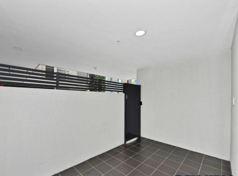 403/25 Cowper street, Parramatta NSW 2150, Image 2