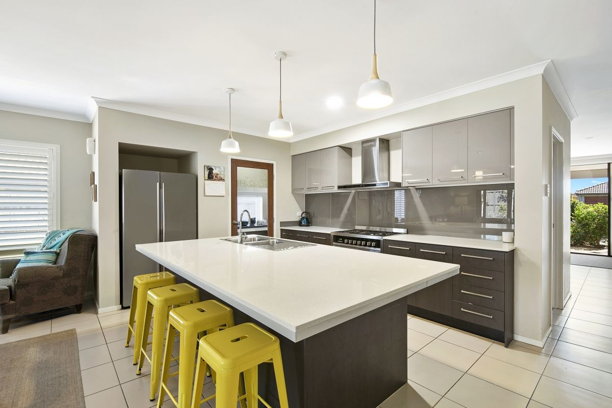 26 Livingstone Court, North Lakes QLD 4509, Image 2