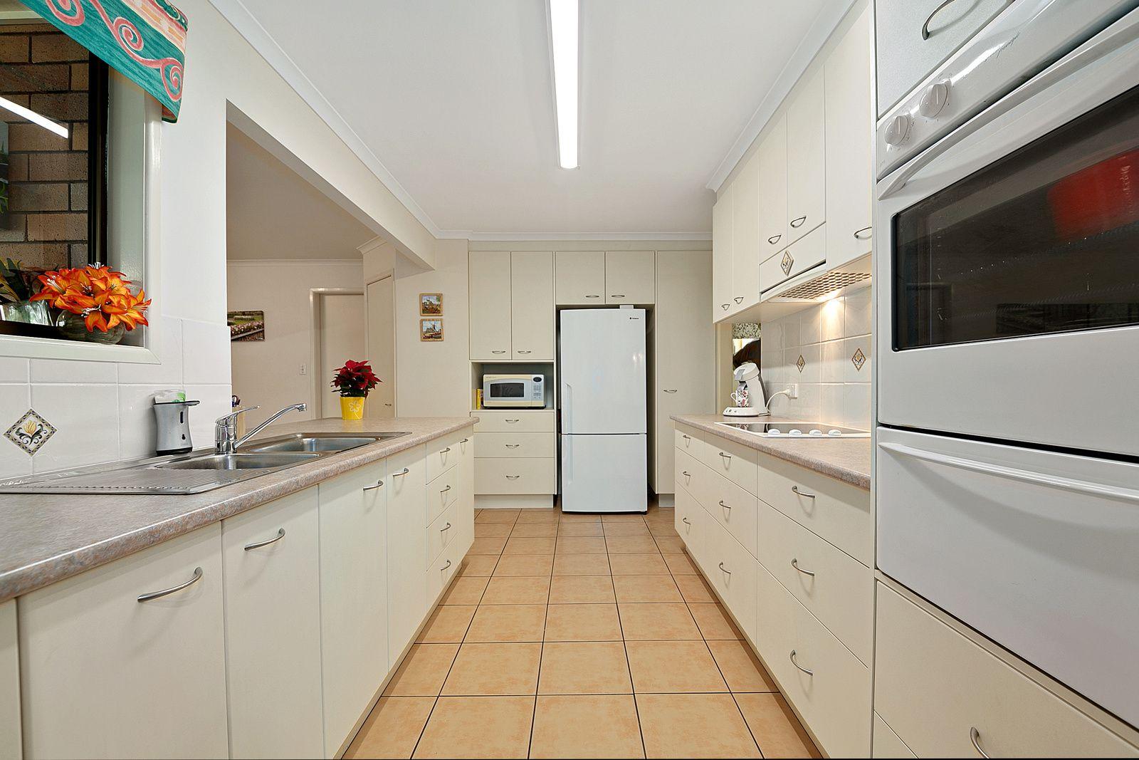 1 Sloop Street, Manly West QLD 4179, Image 2
