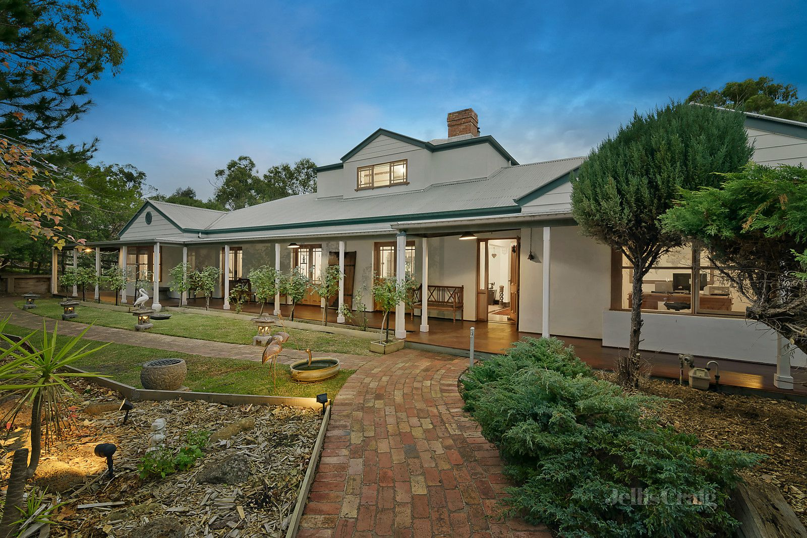39 Smedley Road, Park Orchards VIC 3114, Image 0