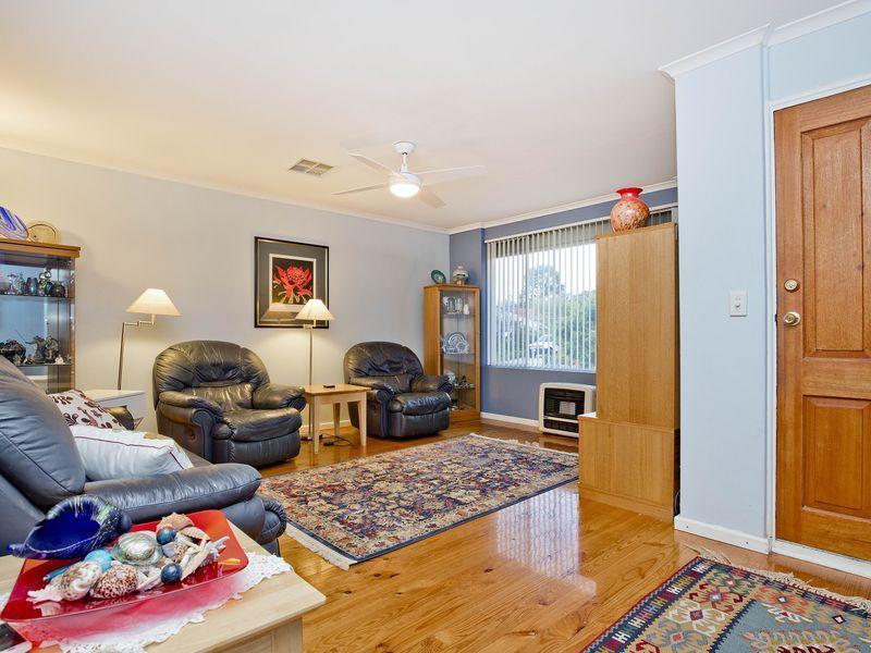 25 Earlsfield Avenue, Salisbury East SA 5109, Image 2