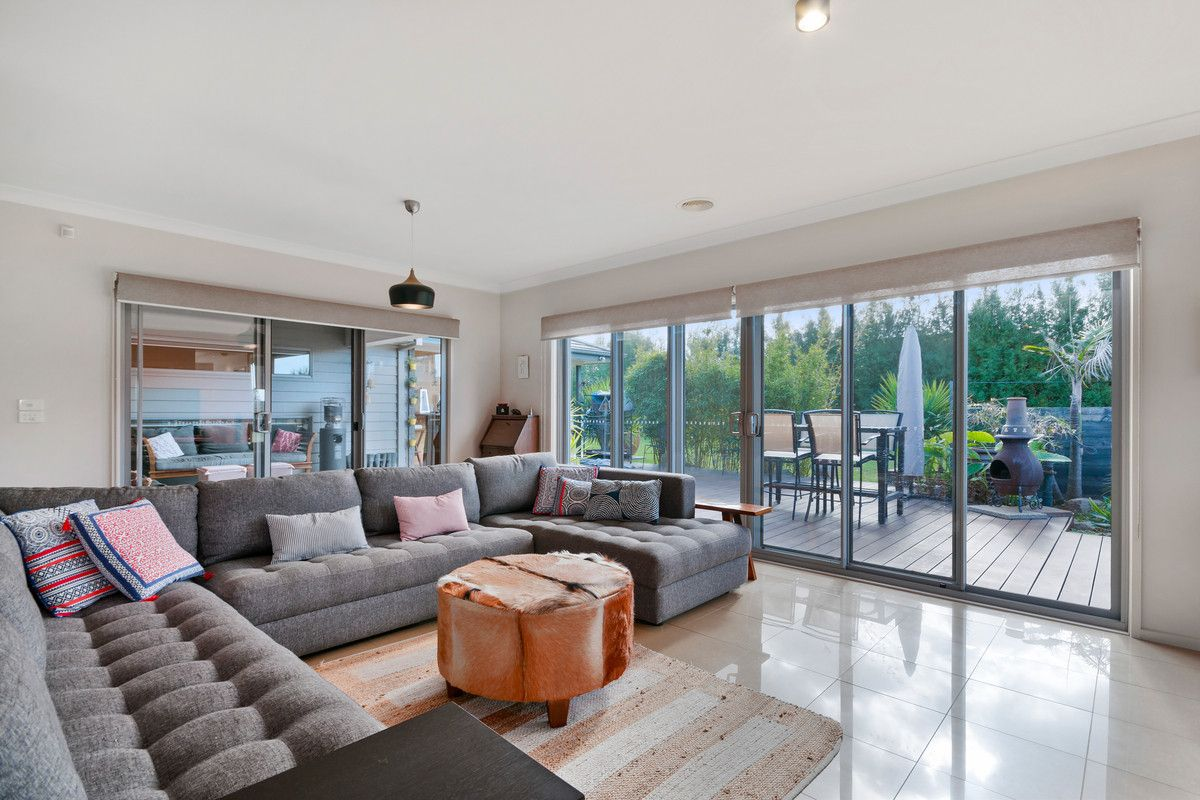5-7 Millicent Court, Sale VIC 3850, Image 1