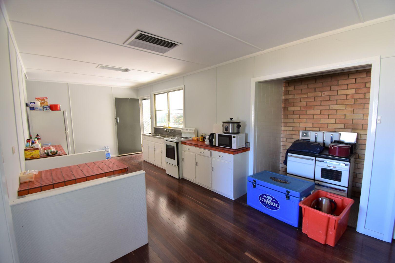 40 Quail Street, Longreach QLD 4730, Image 2