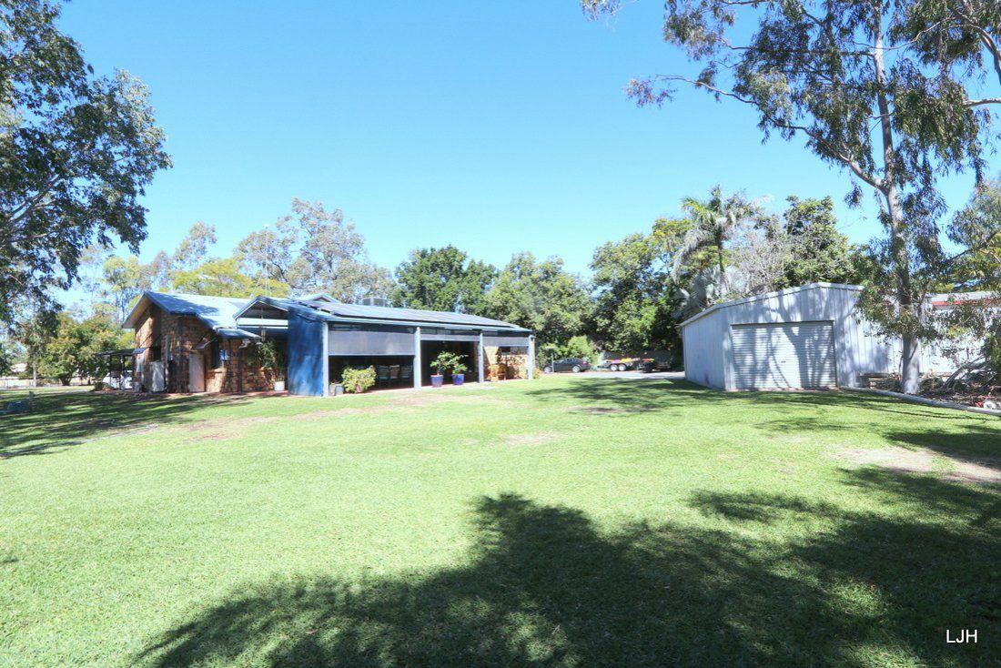 19 Coaker Drive, Emerald QLD 4720, Image 2