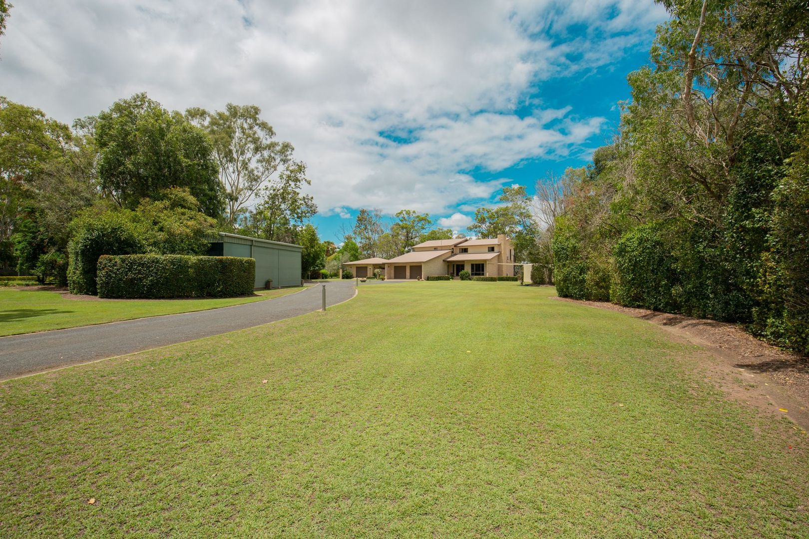 27 Pleasant Drive, Sharon QLD 4670, Image 2