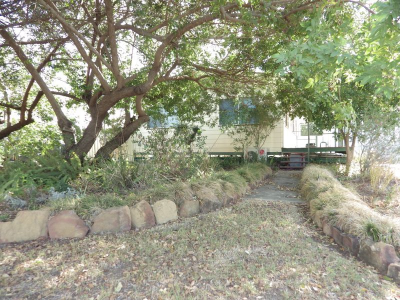 10 Coronation Street, Injune QLD 4454, Image 0