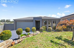 Picture of 17 Buscombe Crescent, Drouin VIC 3818