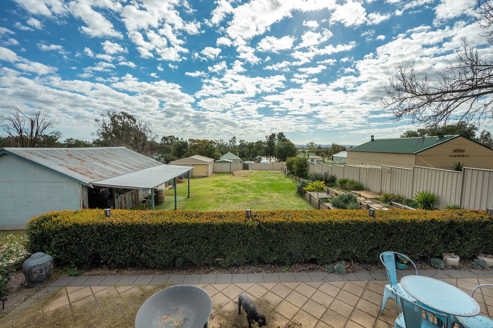 10 Moonlight Street, Gulgong NSW 2852, Image 2