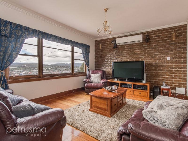 8 First Avenue, West Moonah TAS 7009, Image 2