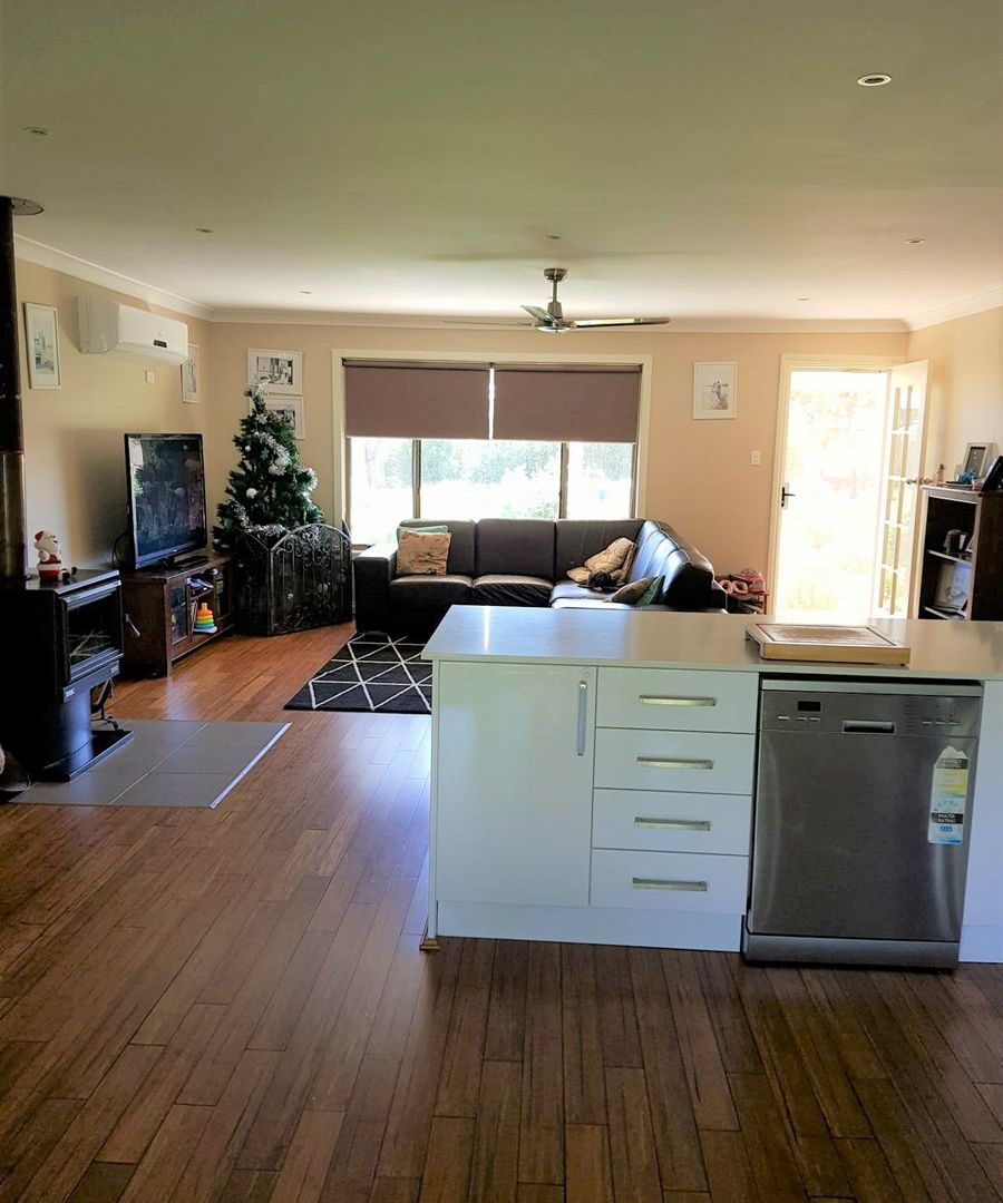 184 Camp Street, Temora NSW 2666, Image 2