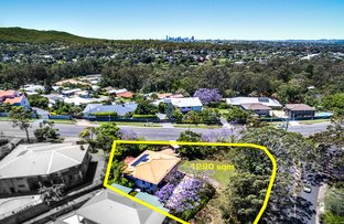 2 Bielby Road, Kenmore Hills QLD 4069