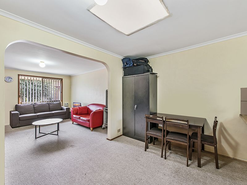 3/59-61 Staughton  Street, Melton South VIC 3338, Image 2