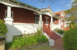 Picture of 2A Oakover Street, East Fremantle WA 6158