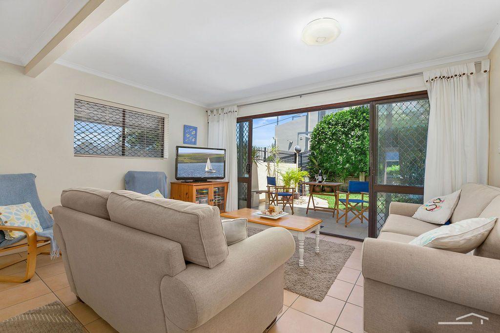 1/19 Henderson Street, Sunshine Beach QLD 4567, Image 2