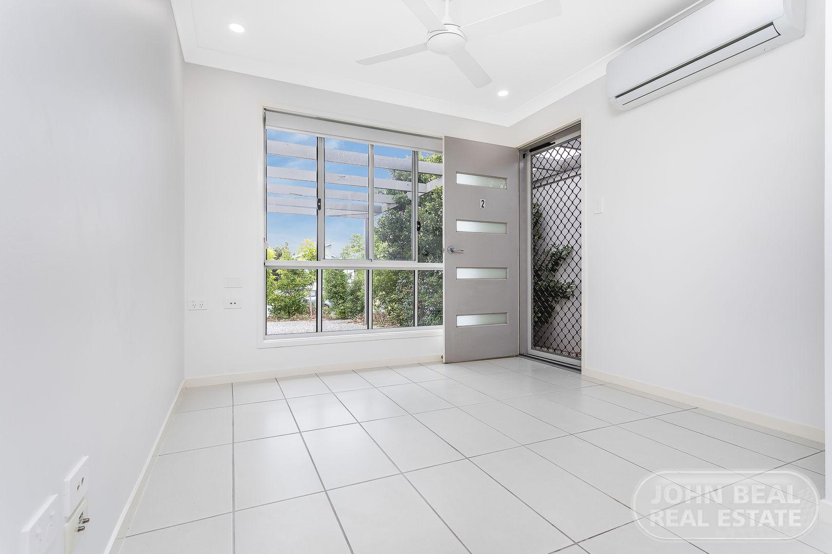 Unit 2/73 Jones St, Rothwell QLD 4022, Image 0