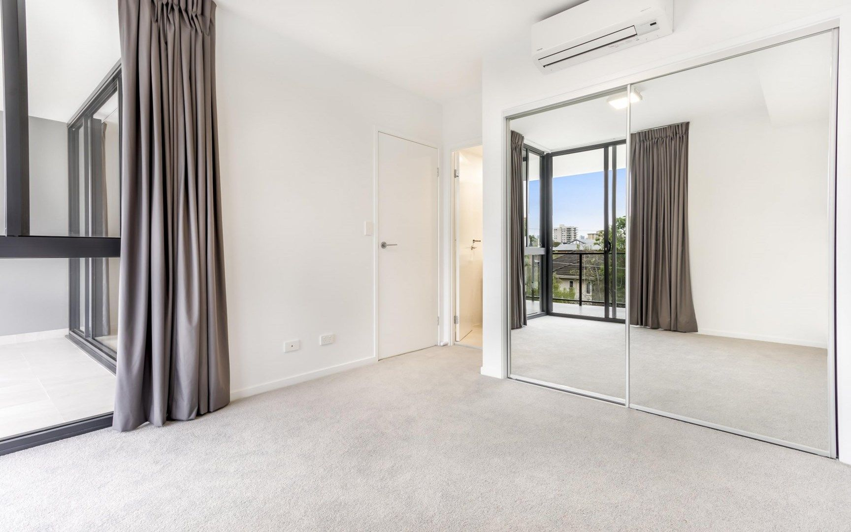 207/65 Depper Street, St Lucia QLD 4067, Image 1
