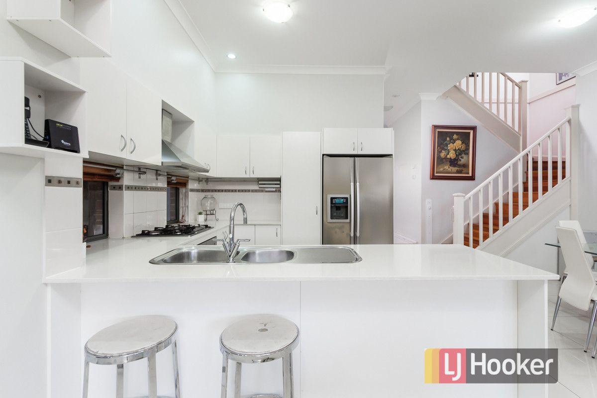 118 Daruga Avenue, Pemulwuy NSW 2145, Image 2