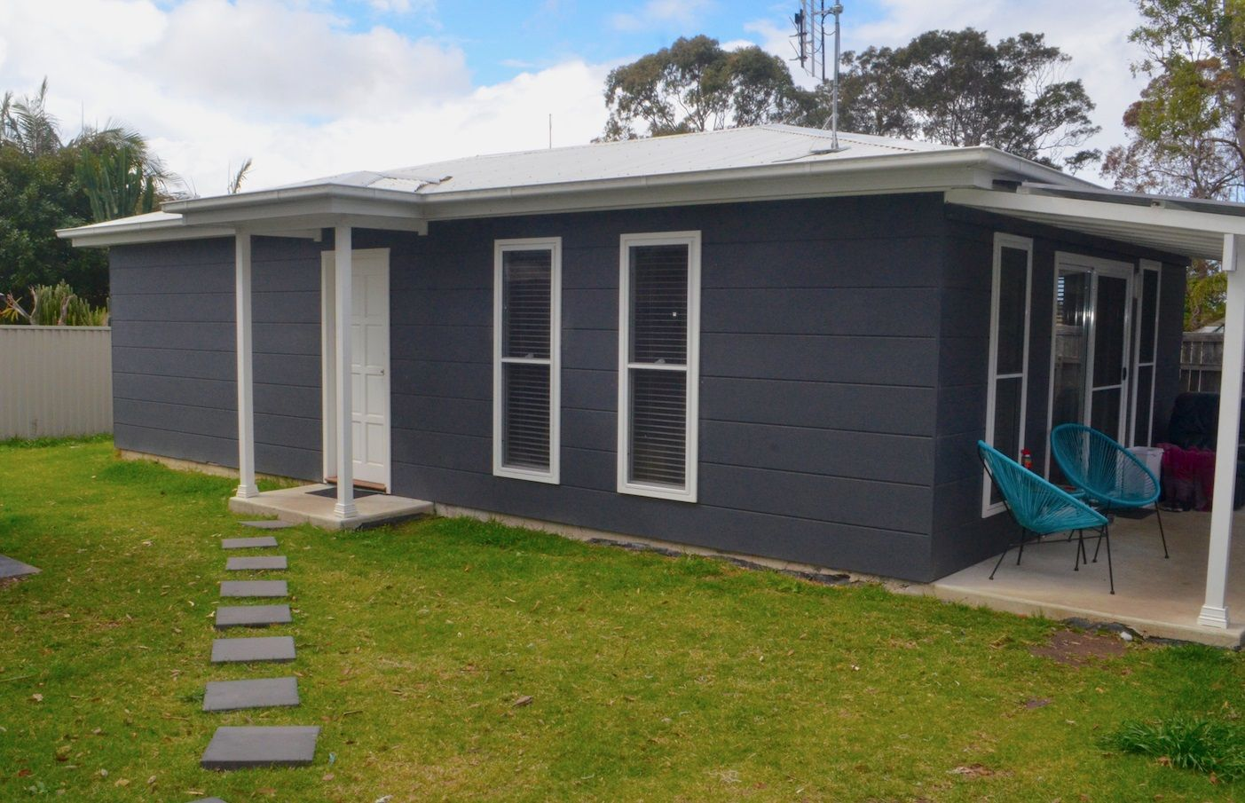 5a Awaba Ave, Charmhaven NSW 2263, Image 0