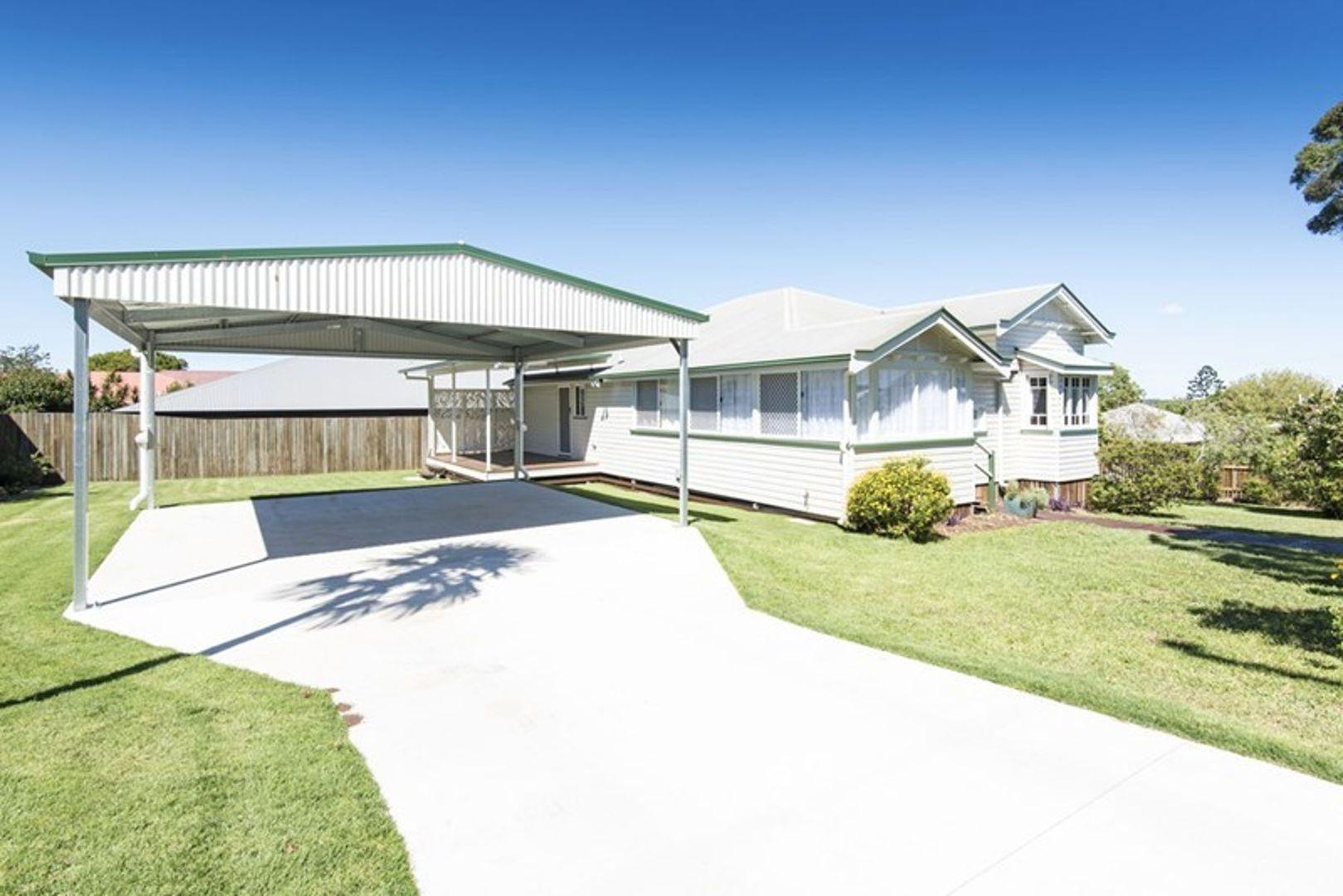 50 Jellicoe Street, Mount Lofty QLD 4350, Image 2
