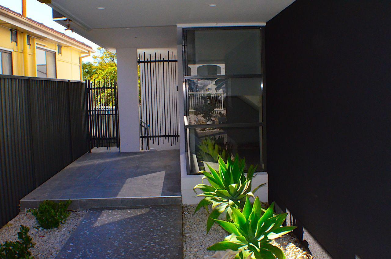 8 Pentland Avenue, Roselands NSW 2196, Image 1