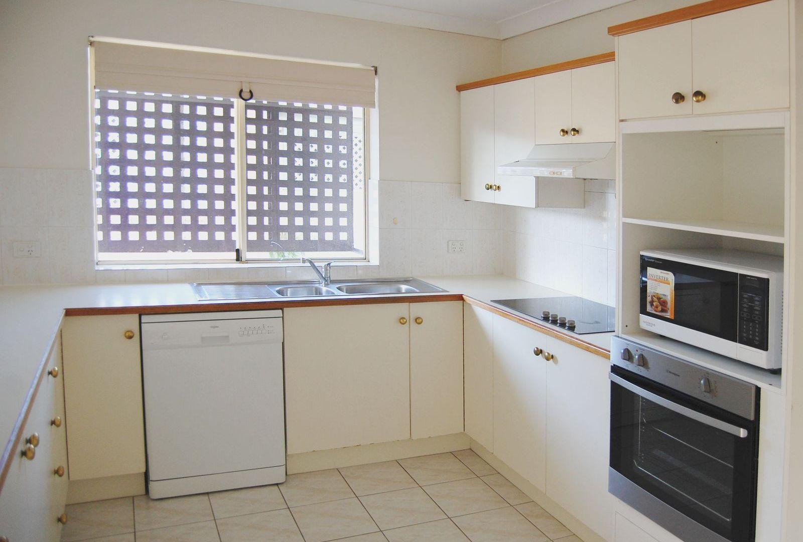 3/14 Warren Street, St Lucia QLD 4067, Image 1
