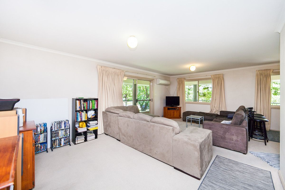 2/30 Cunningham Street, Kingston ACT 2604, Image 2