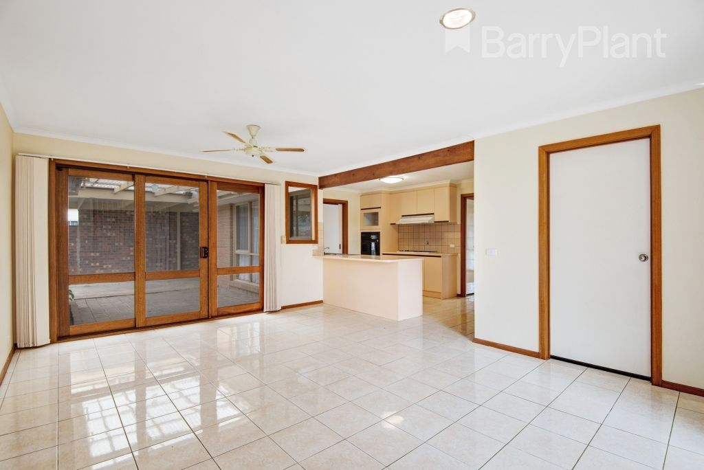 11 Somerset Close, Werribee VIC 3030, Image 1
