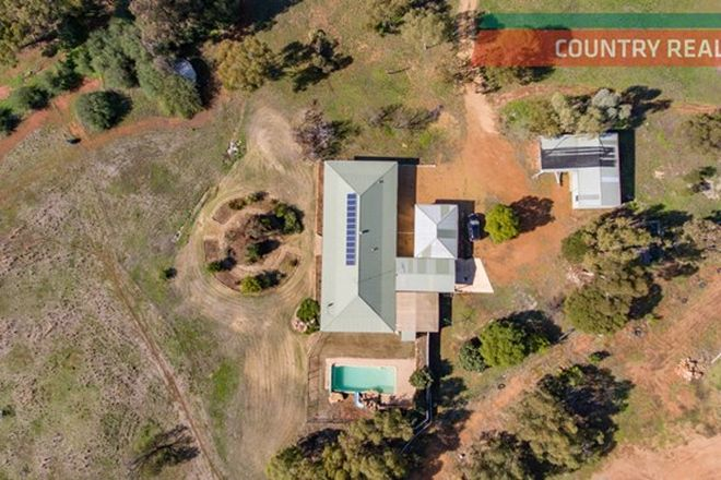 Picture of 9 Ensign Dale Court, YORK WA 6302