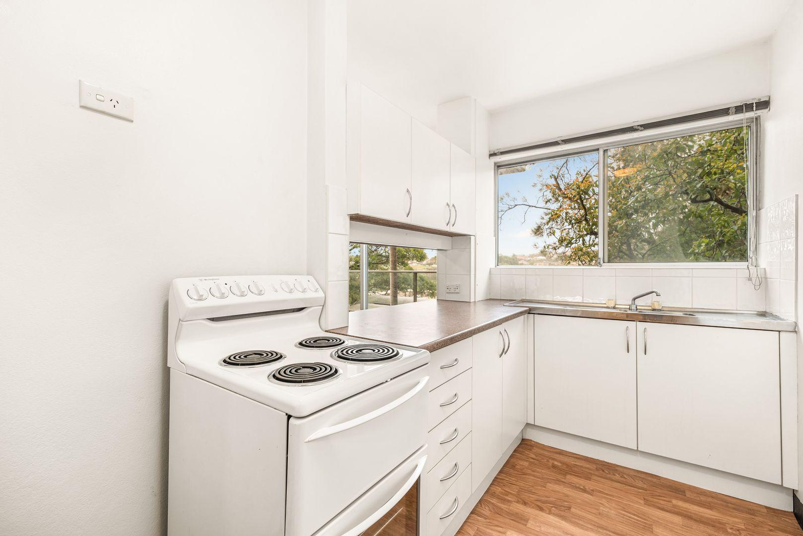 10/4 Munro Street, Mcmahons Point NSW 2060, Image 2