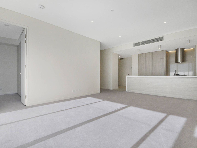 403/570 Oxford Street, Bondi Junction NSW 2022, Image 2