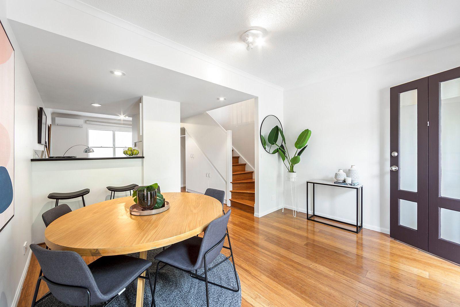 Residence 1/119-125 Wellington Street, St Kilda VIC 3182, Image 2