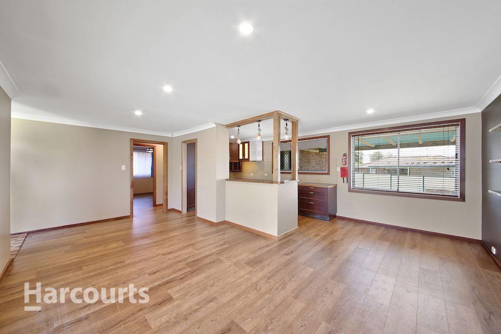 76 Evelyn Street, Macquarie Fields NSW 2564, Image 1