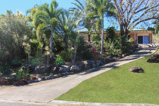 Picture of 33 South Molle Boulevard, CANNONVALE QLD 4802