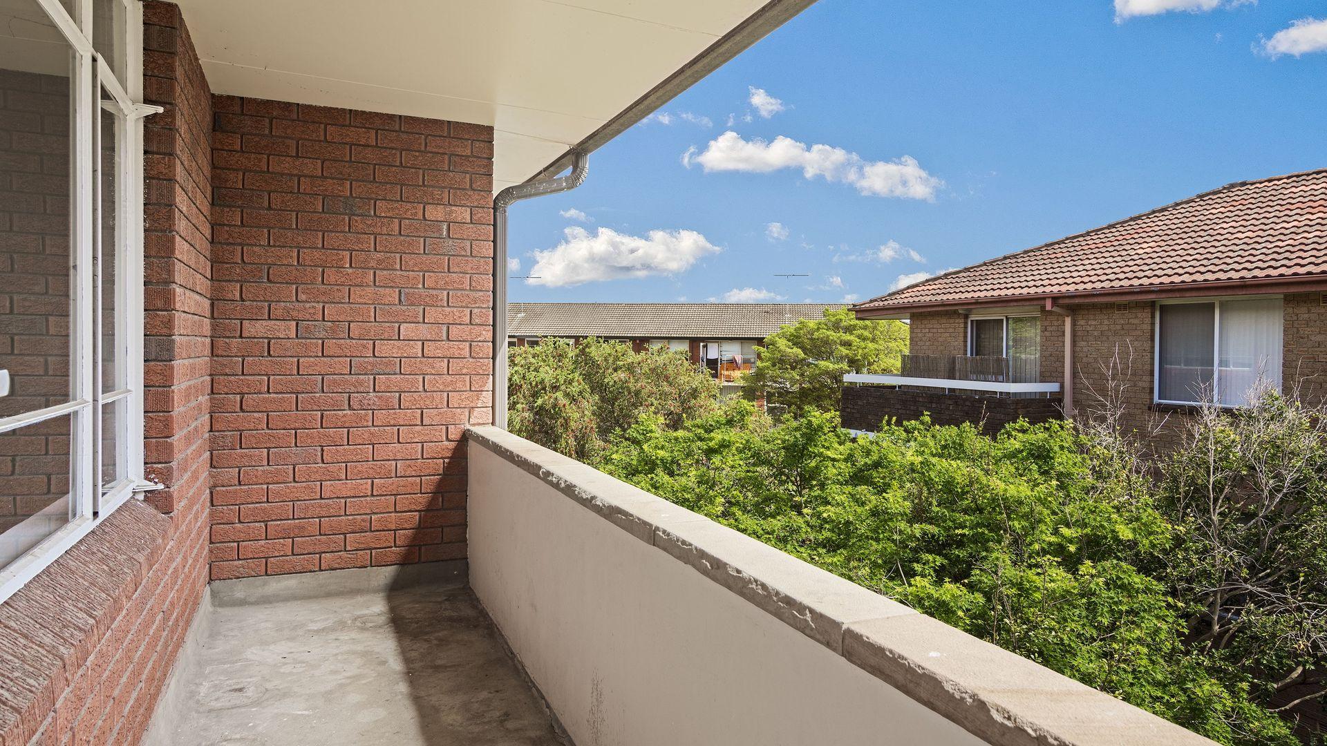 9/6 Chandos Street, Ashfield NSW 2131, Image 2