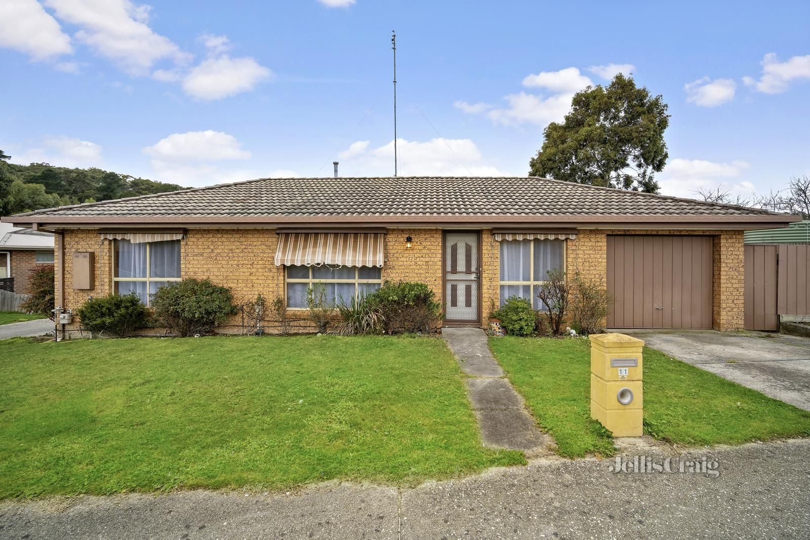 11 Florence Court, Brown Hill VIC 3350, Image 0