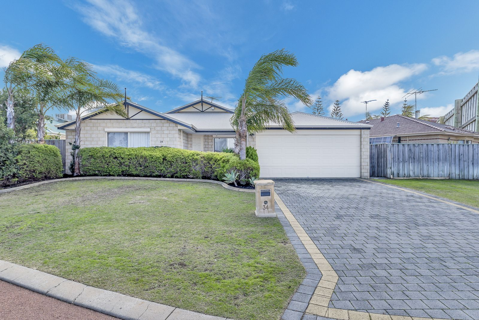 34 Aldenham Heights, Halls Head WA 6210, Image 0