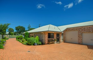 Picture of 2/58 Tara Street, Wilsonton QLD 4350