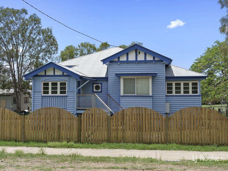 6 Cairnscroft Street, Toogoolawah QLD 4313, Image 0