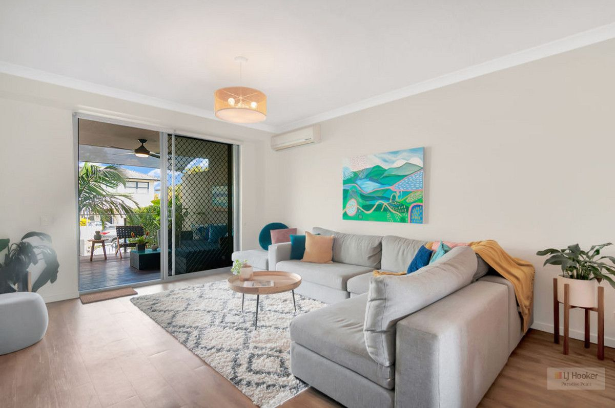 2/12-18 Bayview Street, Runaway Bay QLD 4216, Image 2