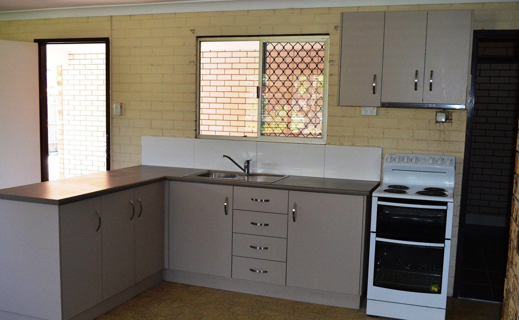 2/353 West Street, Kearneys Spring QLD 4350, Image 0