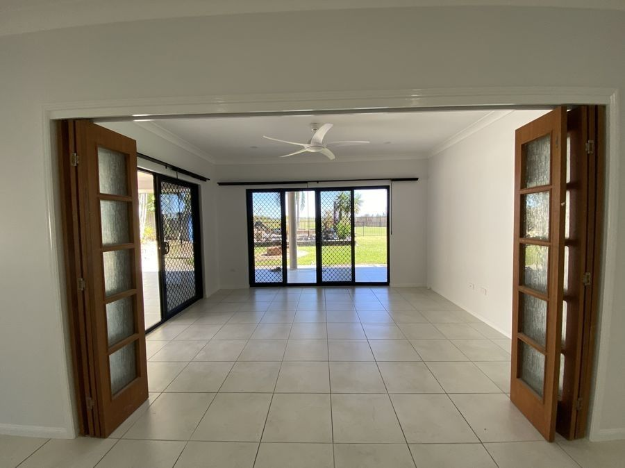 4 Callaway Court, Bakers Creek QLD 4740, Image 2